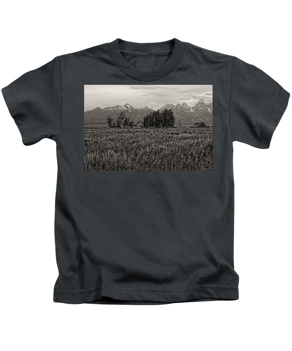 Jackson Kids T-Shirt featuring the photograph Tres Tetons by Hugh Smith