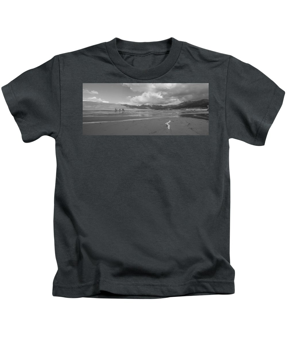 Sand Kids T-Shirt featuring the photograph Visitors To The Sand Dunes by Ursa Davis