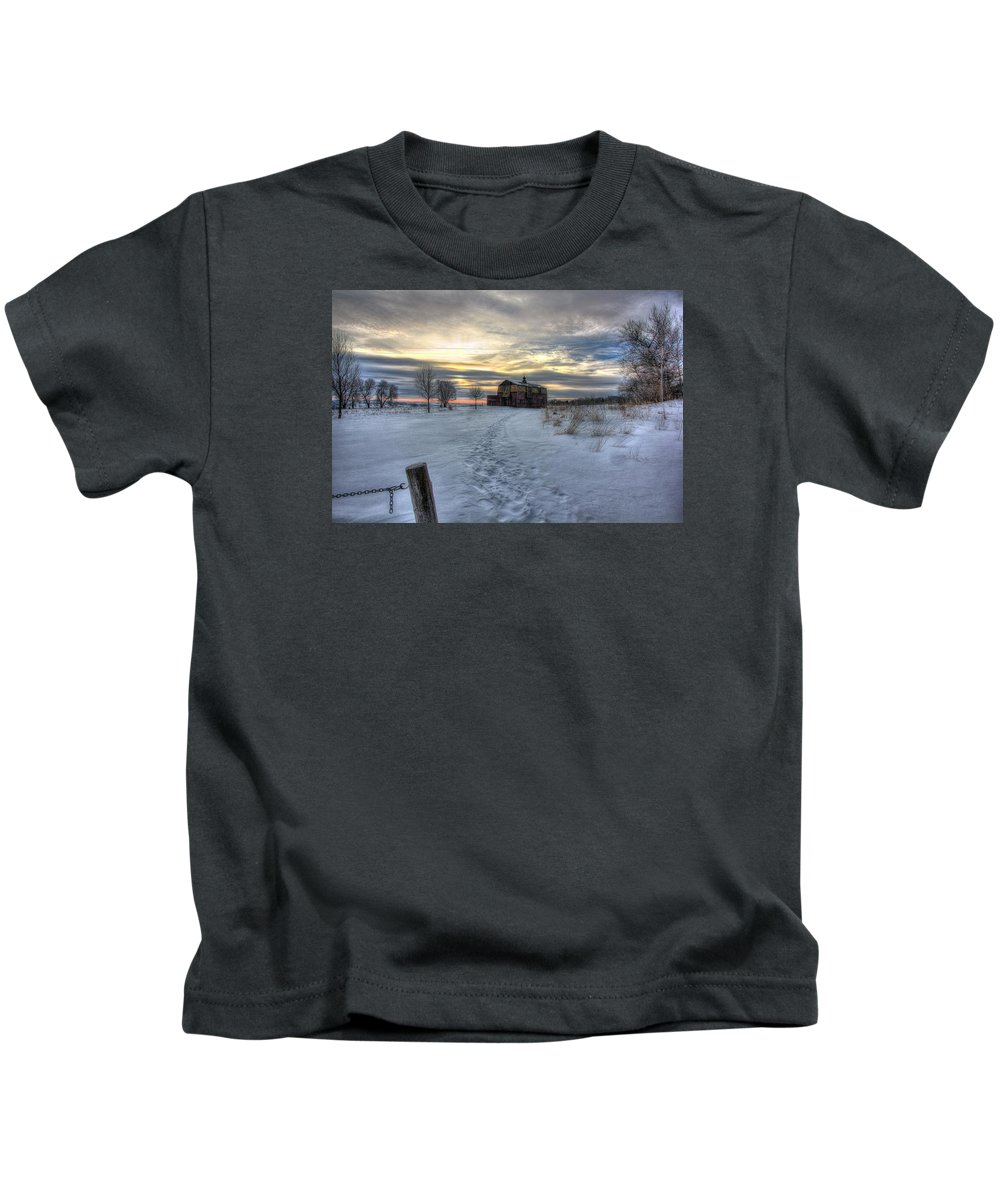 Barn Kids T-Shirt featuring the photograph 1888 Barn In Winter 01 by Frank Thuringer