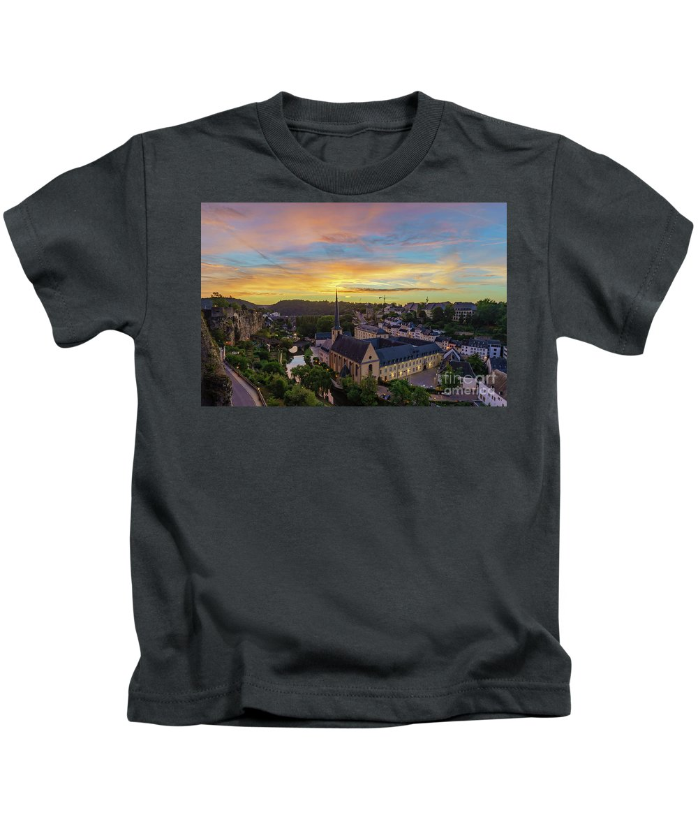 Alzette Kids T-Shirt featuring the photograph The Superb View Of The Grund, Luxembourg by Chon Kit Leong