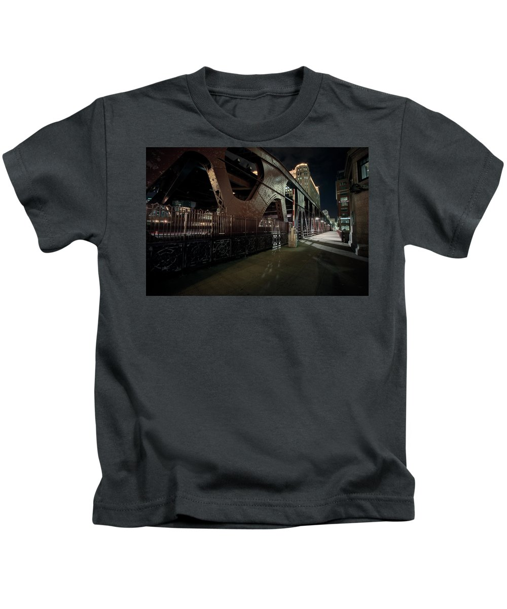 Chicago Kids T-Shirt featuring the photograph Wells Street Bridge - Chicago by Daniel Hagerman
