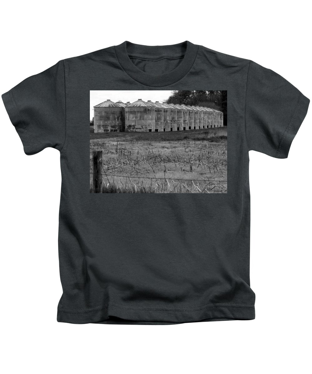 Barn Kids T-Shirt featuring the photograph 30 Survivors by Ed Smith