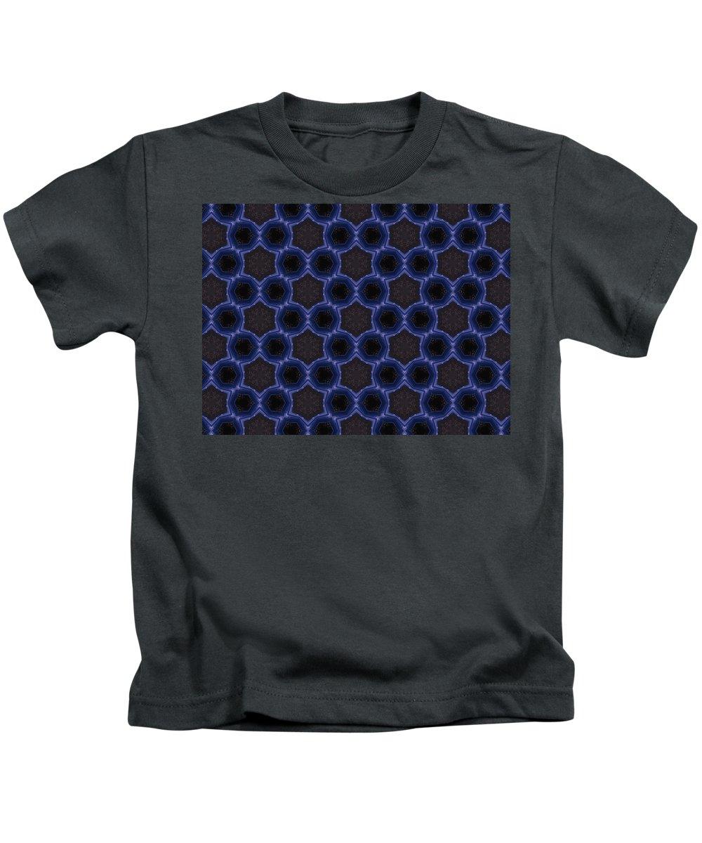 Marjan Mencin Kids T-Shirt featuring the digital art Arabesque 022 by Marjan Mencin