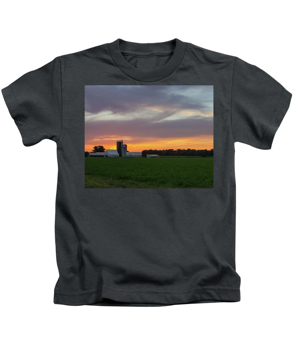 Barn Kids T-Shirt featuring the photograph A Farm Sunset by Steve Atkinson