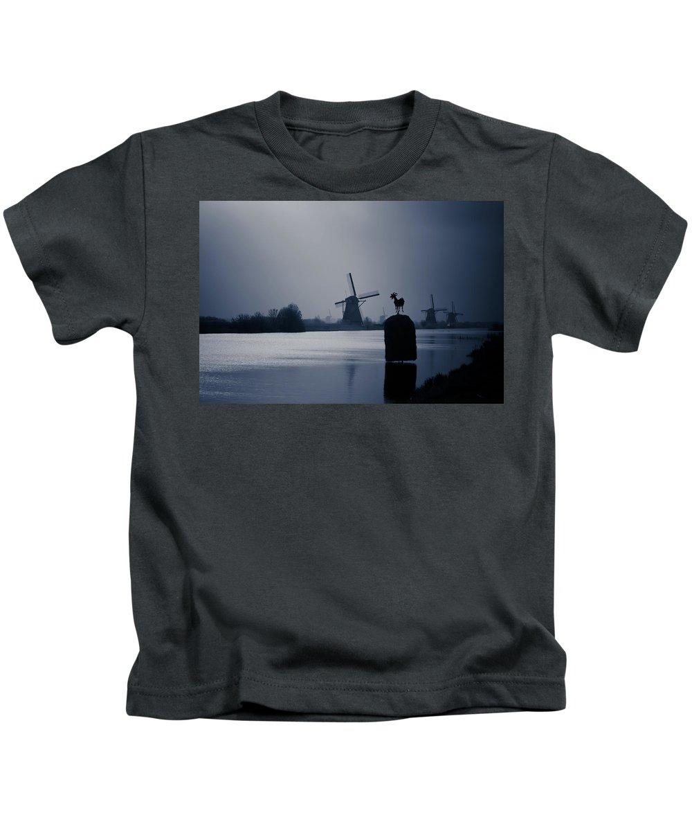 Kinderjik Kids T-Shirt featuring the photograph A Nice View by Jill Smith