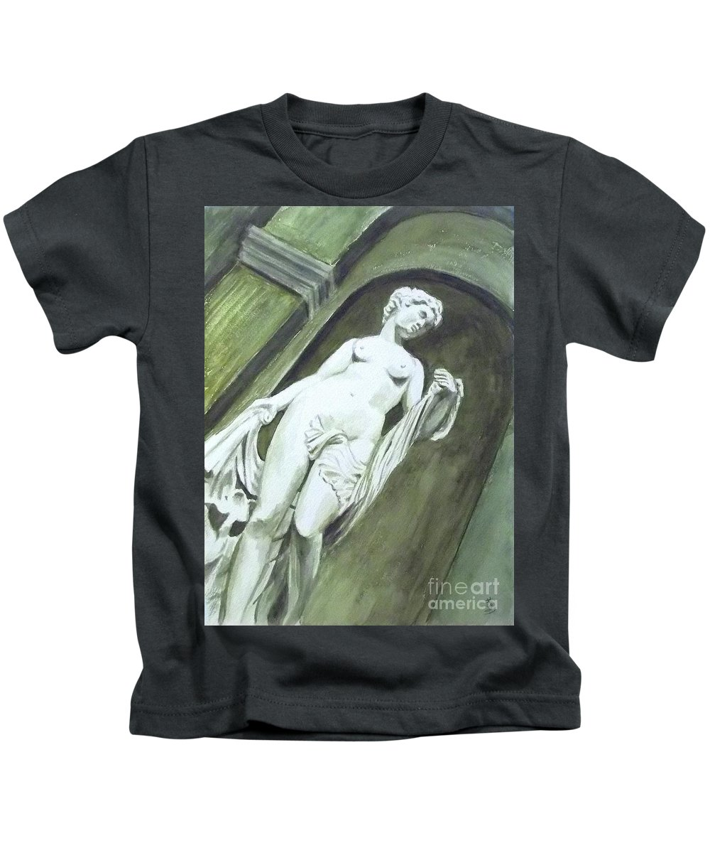 Statue Kids T-Shirt featuring the painting A Statue At The Toledo Art Museum - Ohio by Yoshiko Mishina