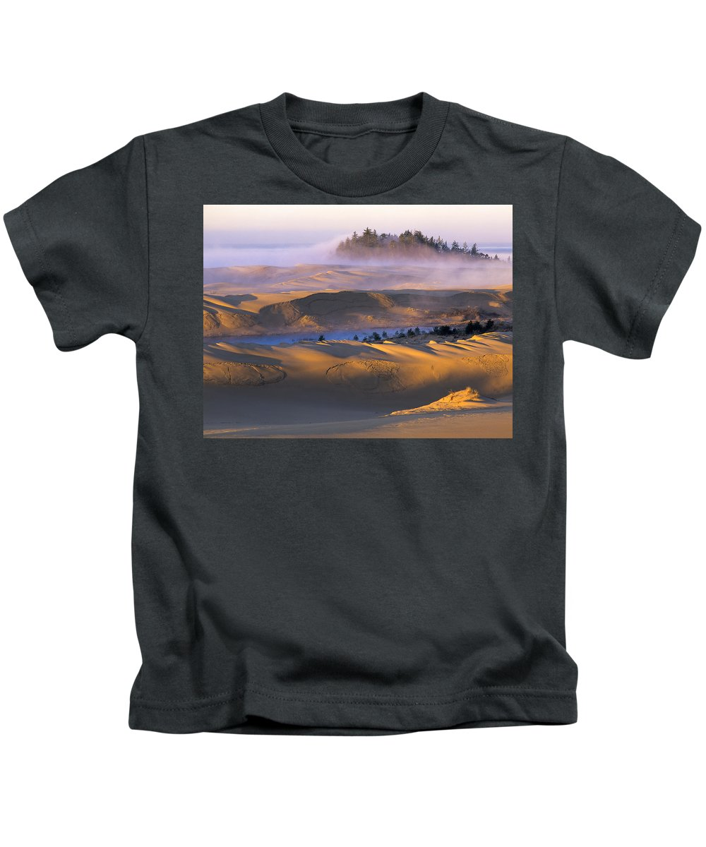 Coastal Dunes Kids T-Shirt featuring the photograph A Sunny Morning by Robert Potts