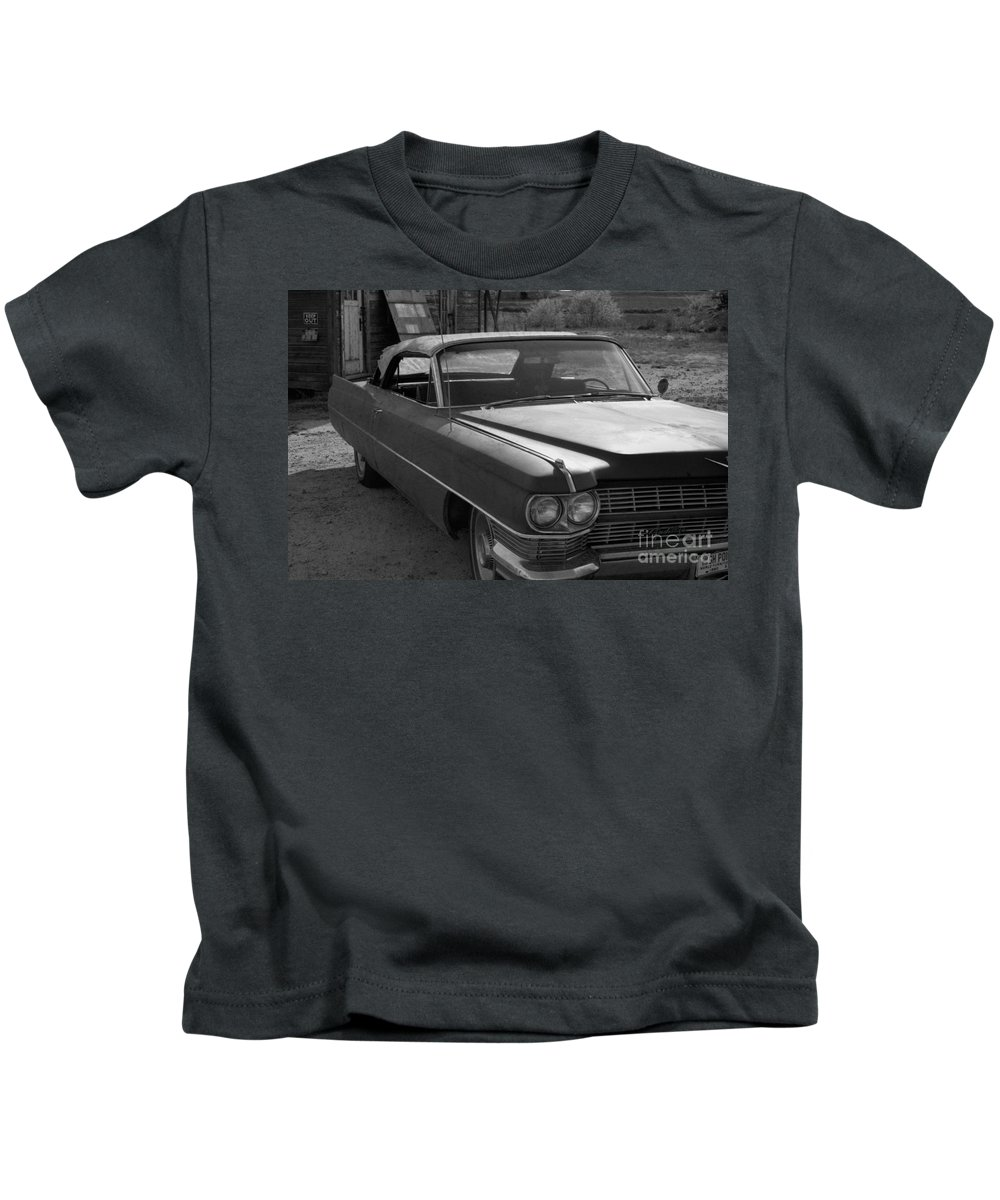 Cadillac Kids T-Shirt featuring the photograph Abandoned Classic by Richard Rizzo