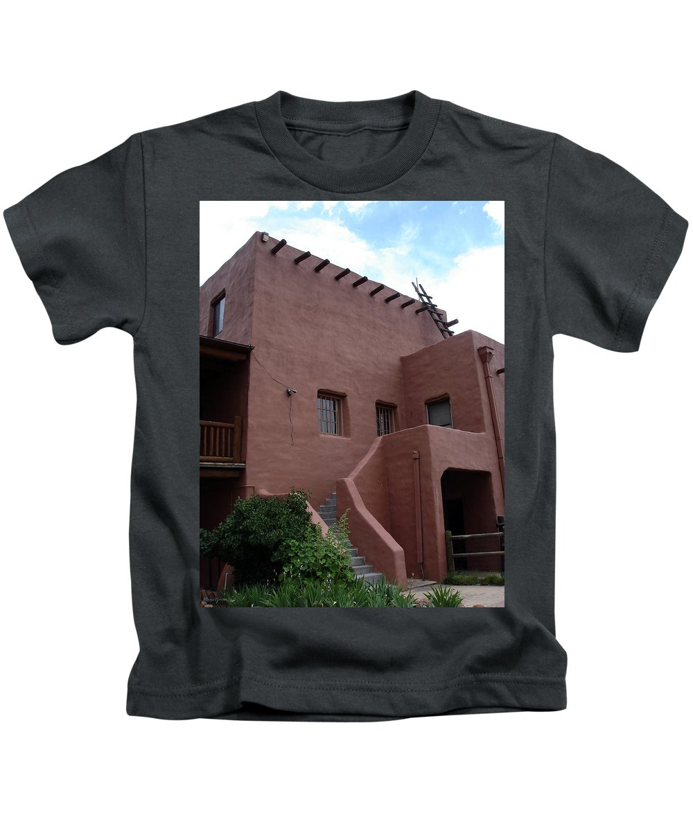 Santa Fe Kids T-Shirt featuring the photograph Adobe House At Red Rocks Colorado by Merja Waters