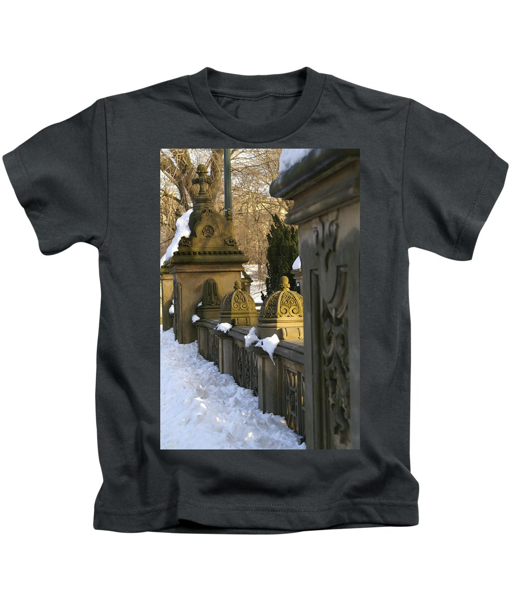 Central Kids T-Shirt featuring the photograph Afternoon In Central Park by Henri Irizarri