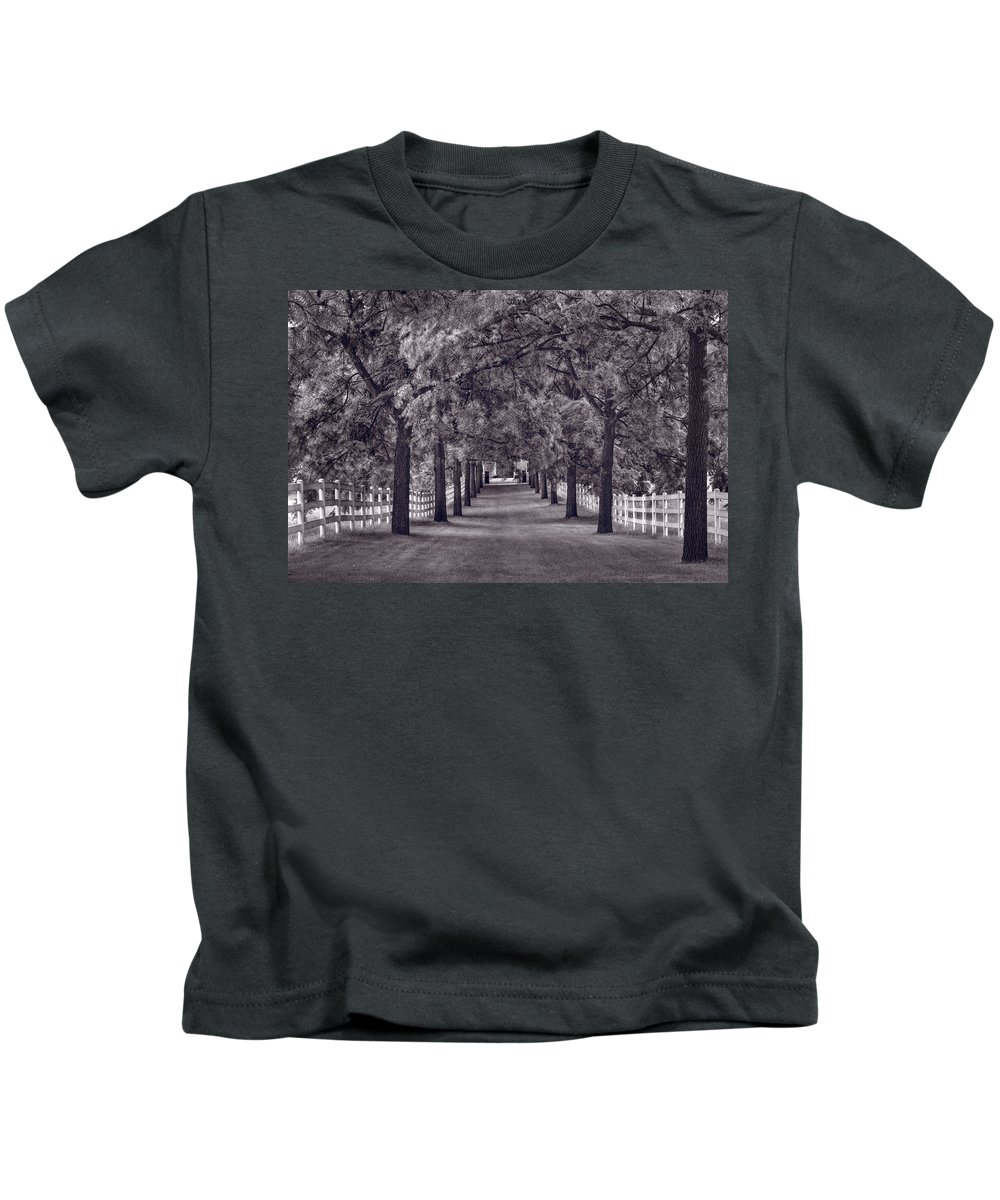 Allee Kids T-Shirt featuring the photograph Allee Way Bw by Steve Gadomski