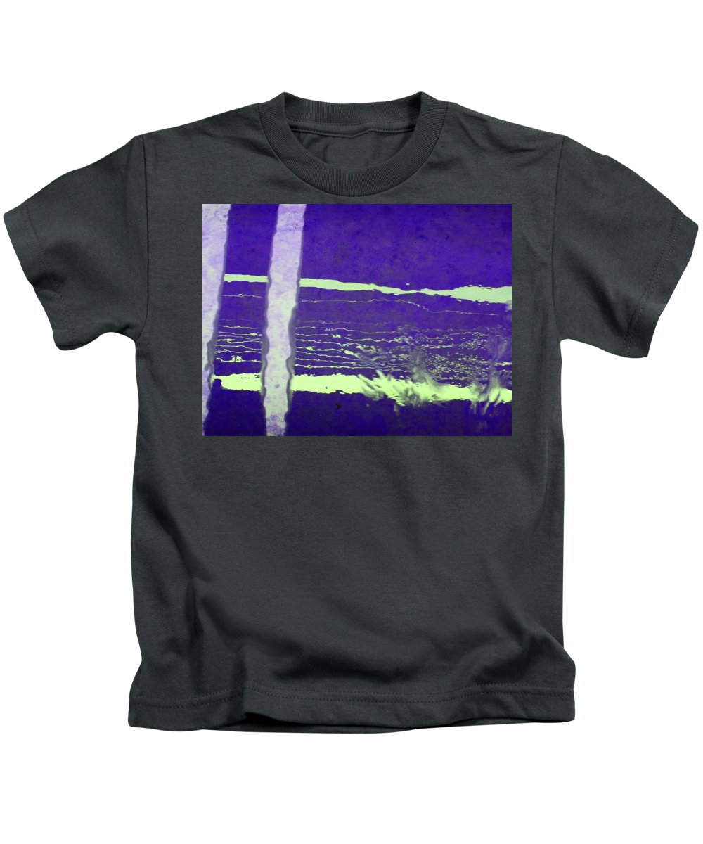 Abstract Kids T-Shirt featuring the digital art Alternate Reality 19 by Lenore Senior