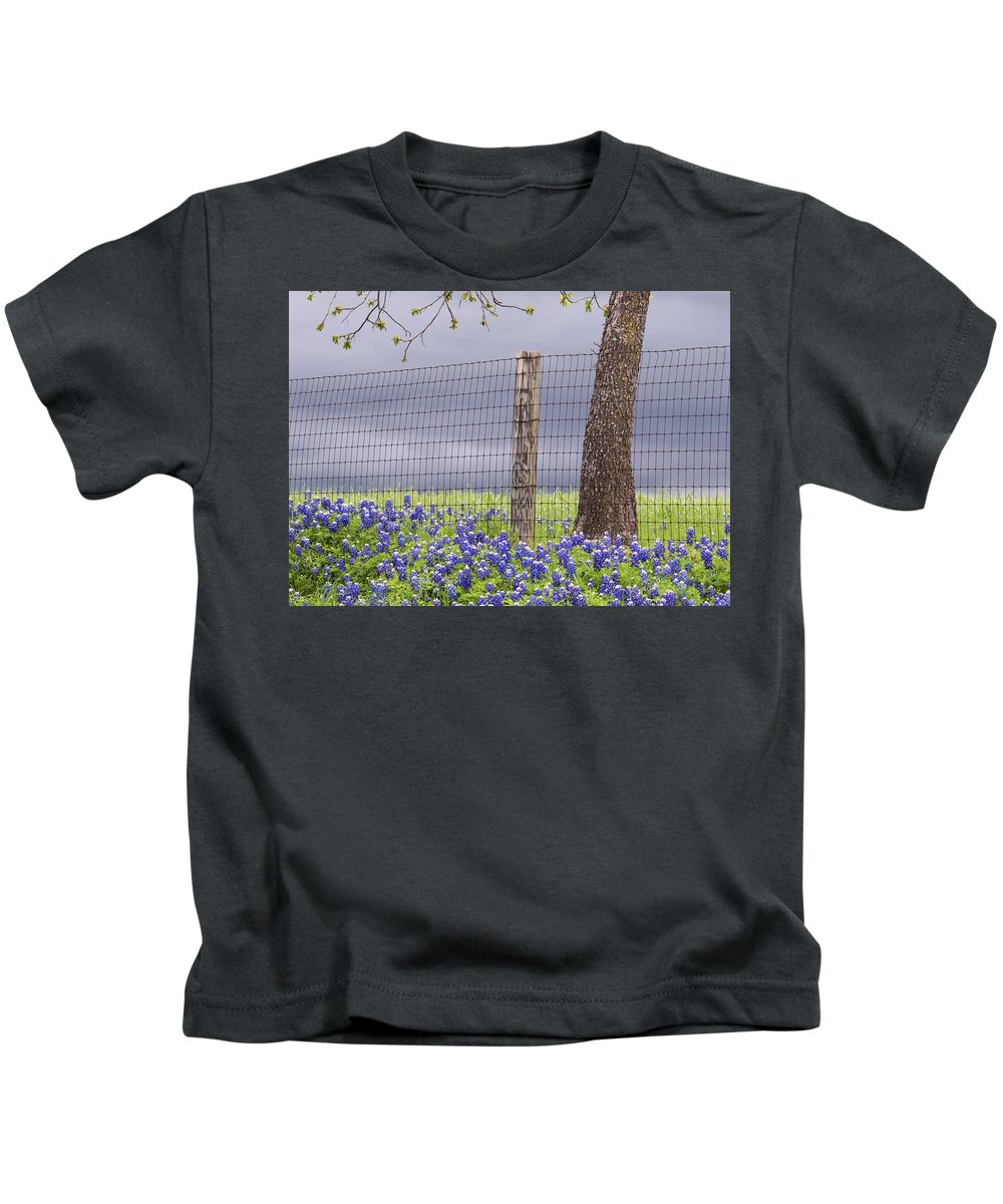 America Kids T-Shirt featuring the photograph Approaching Storm by Rospotte Photography