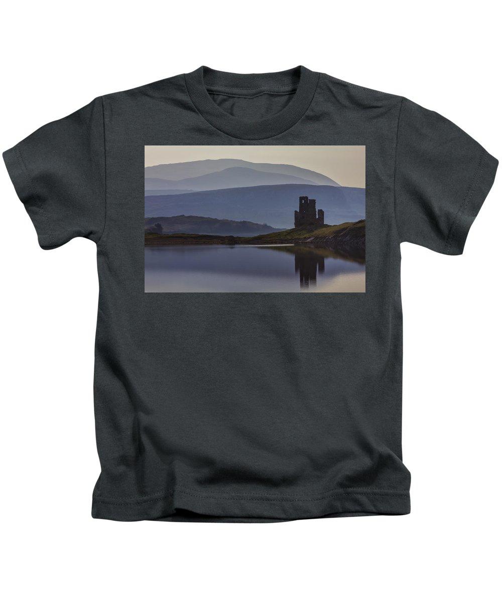 Castle Kids T-Shirt featuring the photograph Ardvreck Castle And Loch Assynt by Derek Beattie