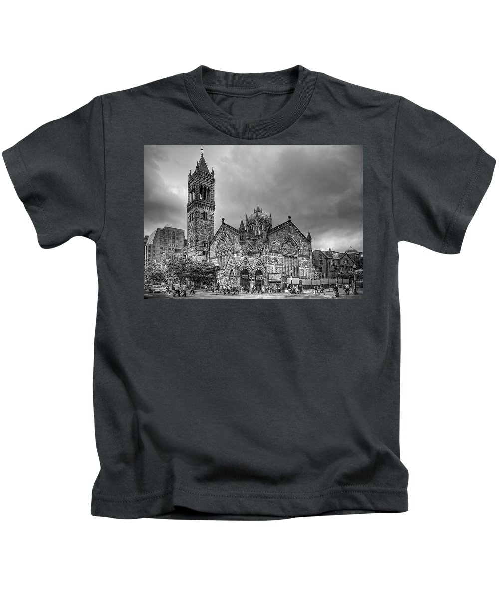 Boston Kids T-Shirt featuring the photograph As The World Passes By... by Evelina Kremsdorf