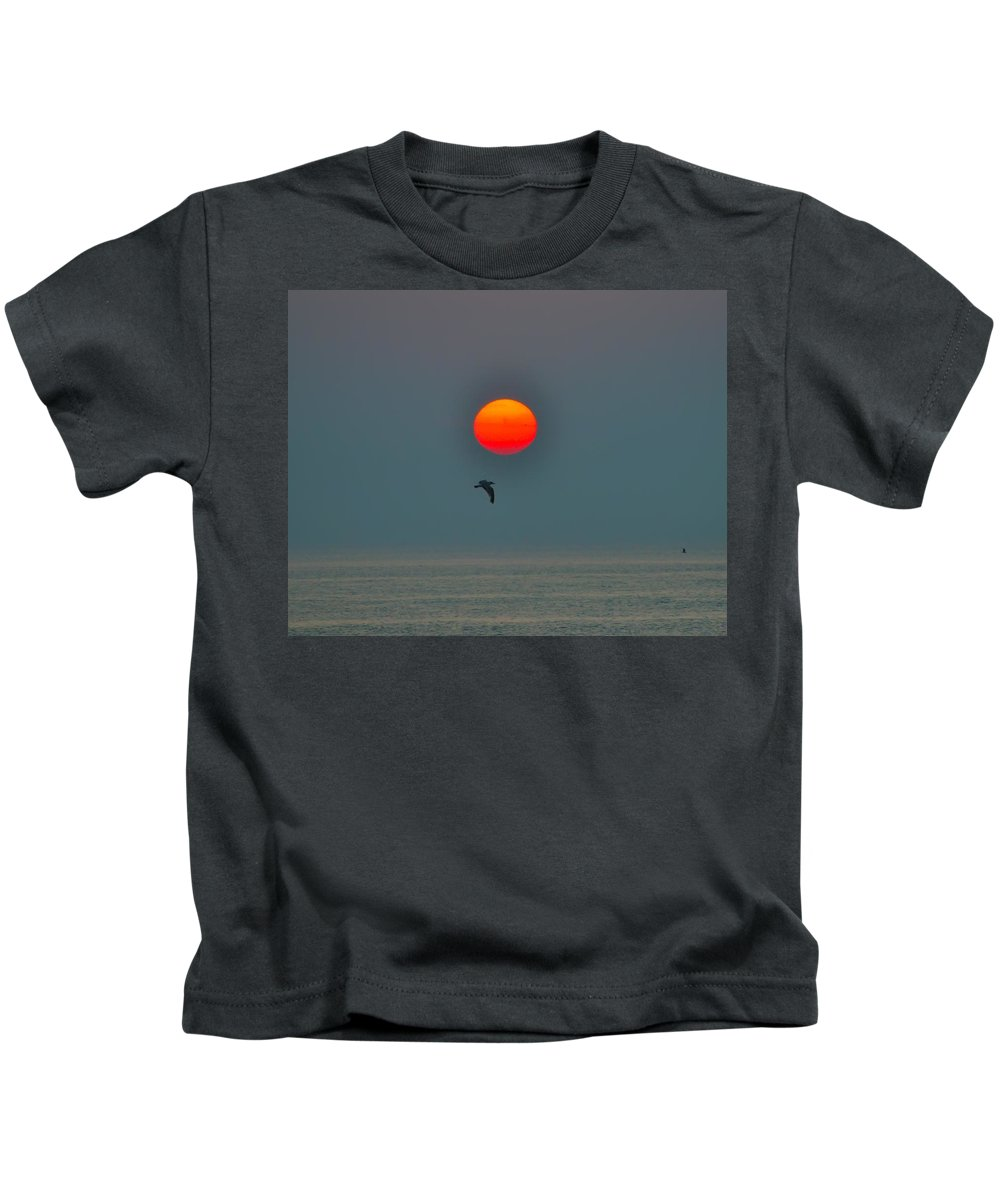 Atlantic City Kids T-Shirt featuring the photograph Atlantic City Sunrise by Bill Cannon