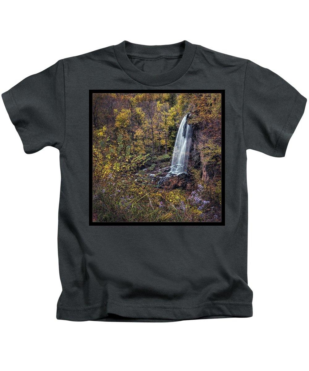 Virginia Kids T-Shirt featuring the photograph Autumn At Falling Spring by Robert Fawcett