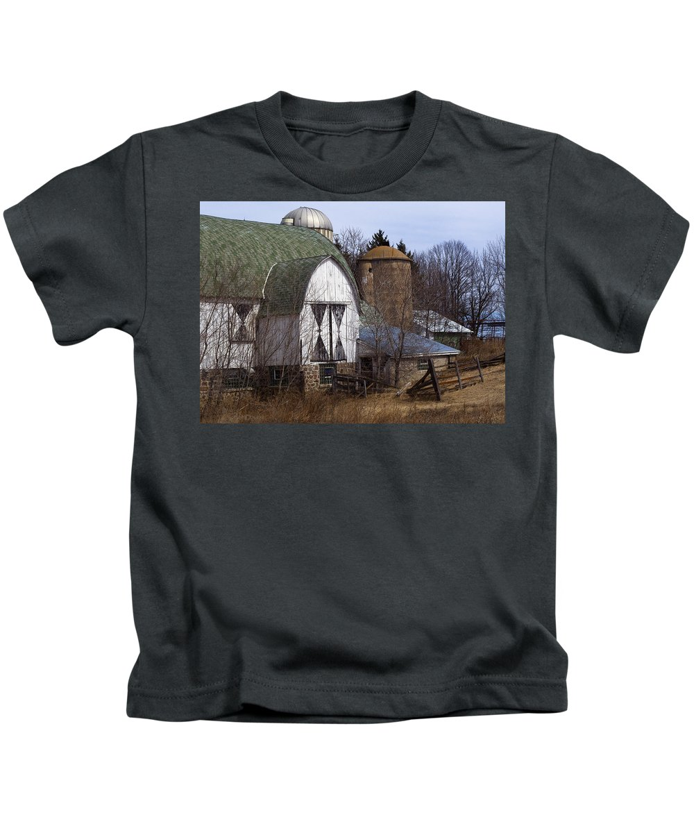 Barn Kids T-Shirt featuring the photograph Barn On 29 by Tim Nyberg