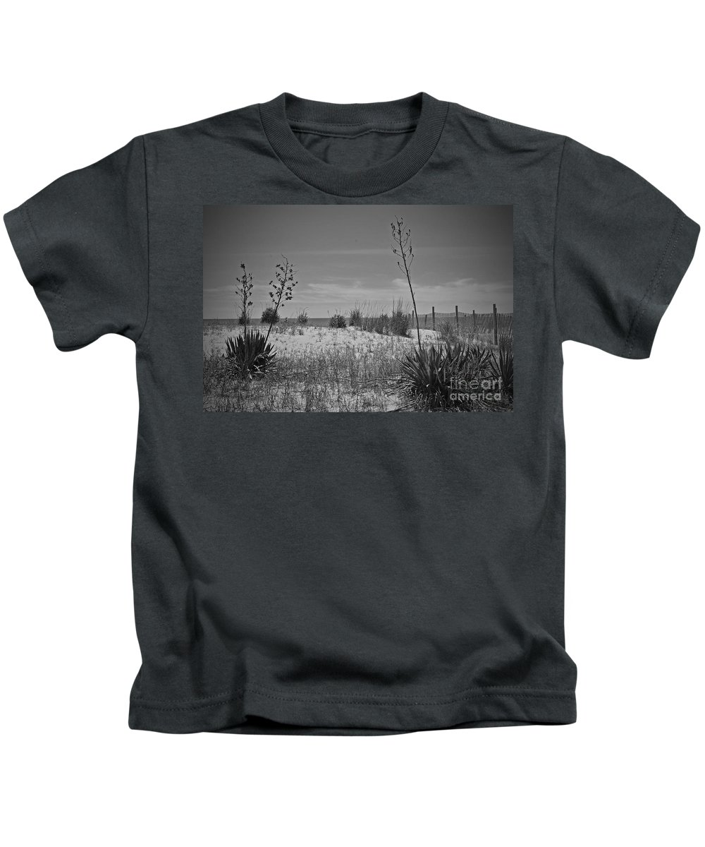 Rehoboth Kids T-Shirt featuring the photograph Beach Spine by Jost Houk