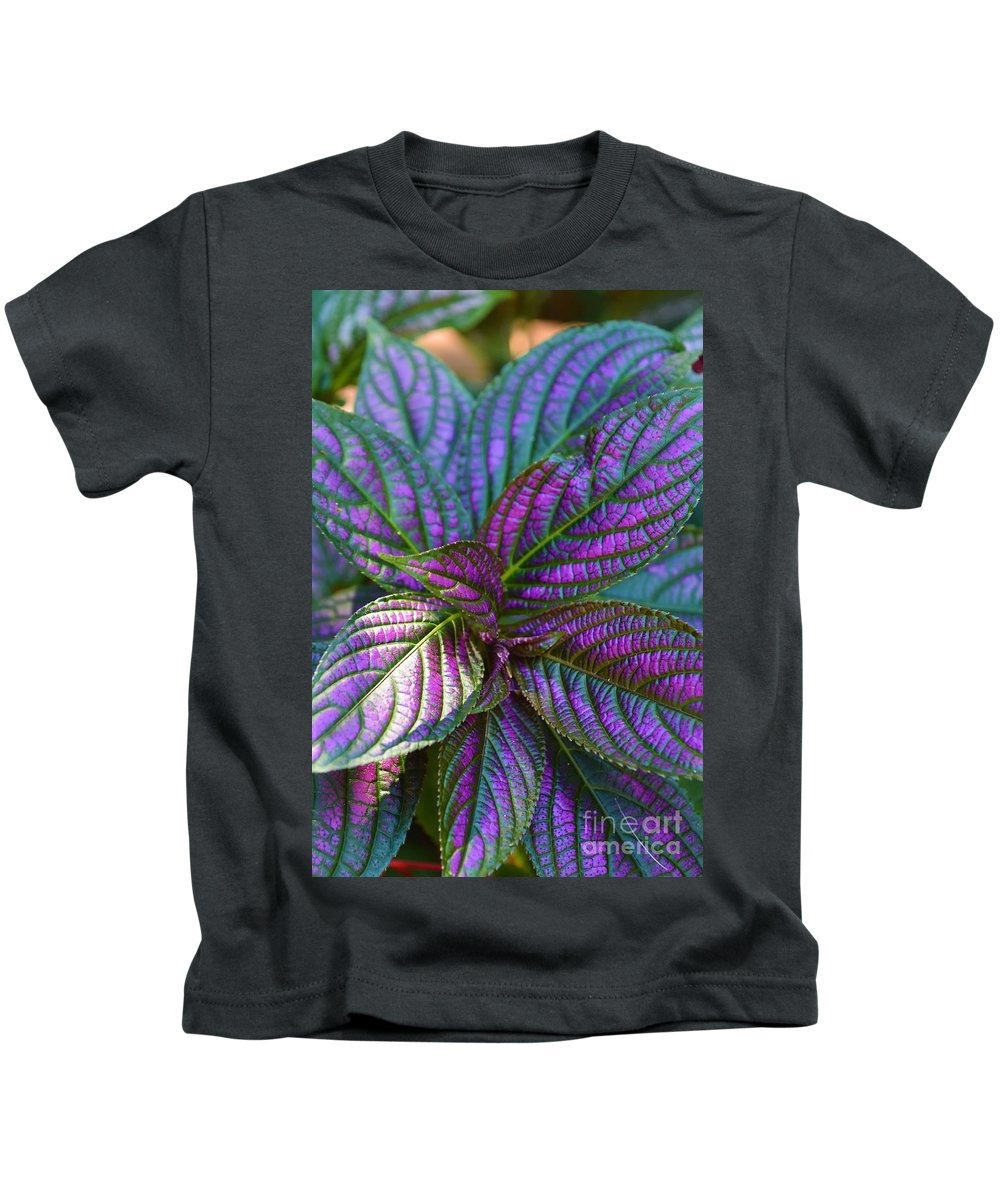 Foliage Kids T-Shirt featuring the photograph Beautiful Foliage by Lisa Kleiner