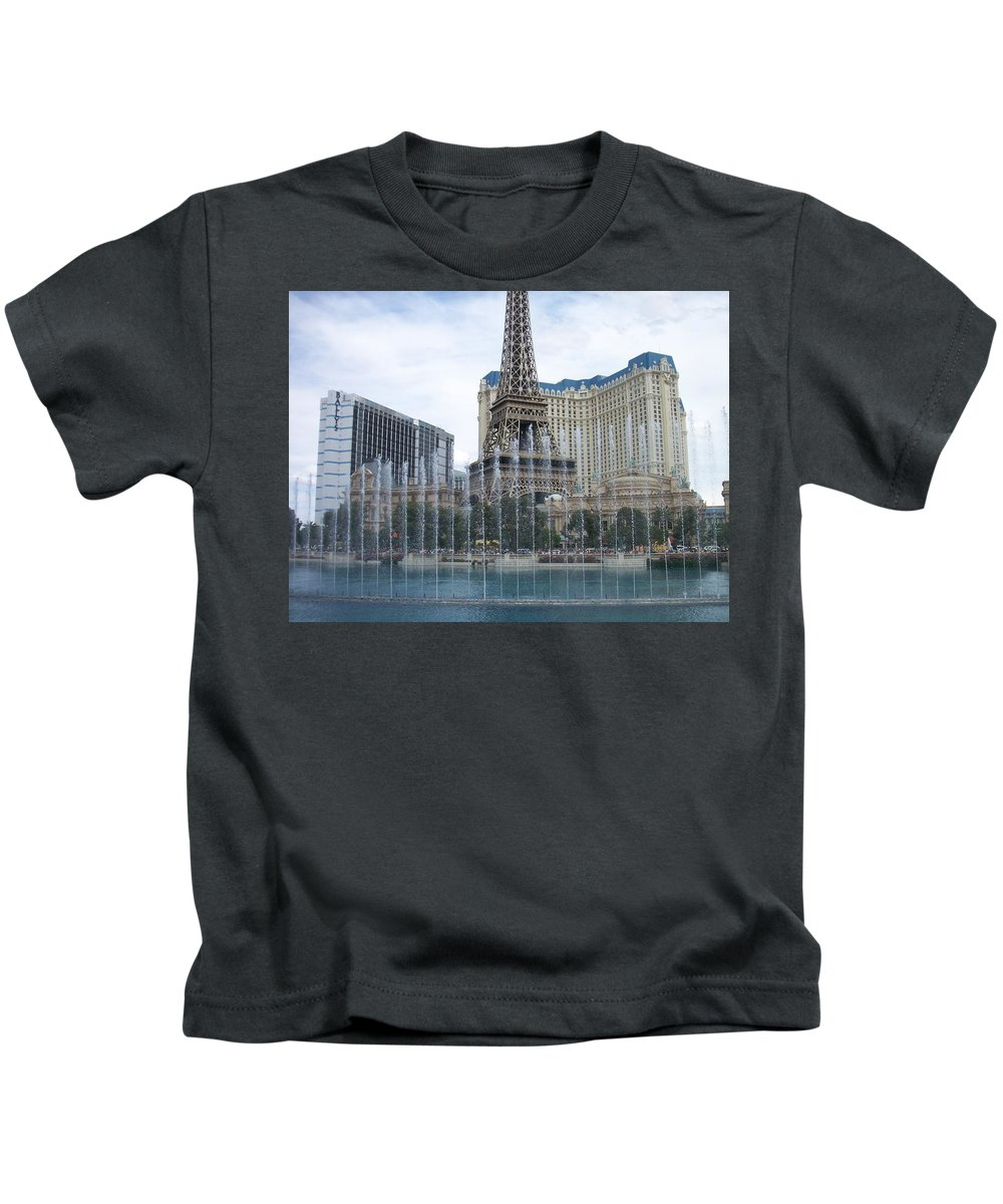 Bellagio Fountain Kids T-Shirt featuring the photograph Bellagio Fountain 1 by Anita Burgermeister
