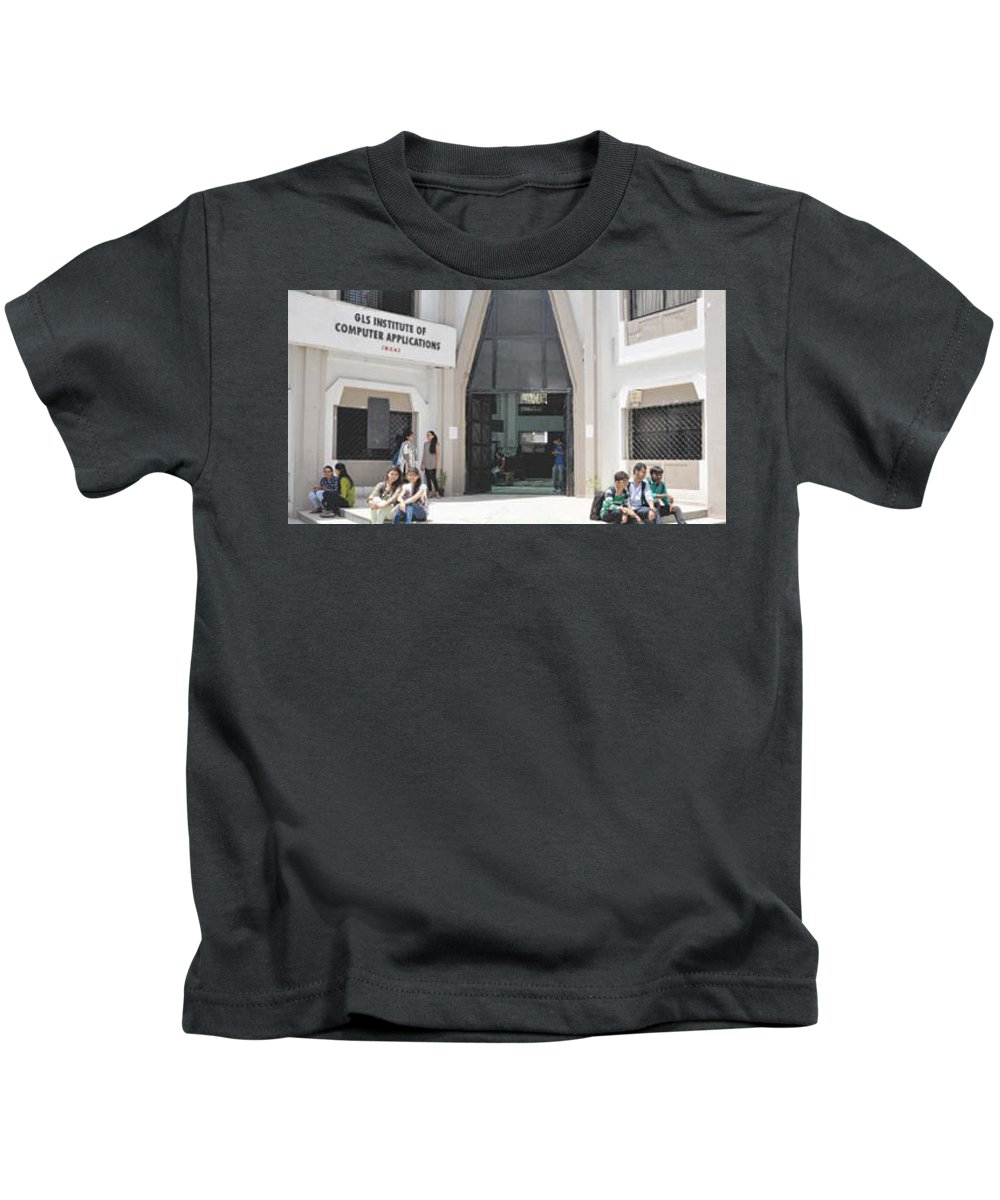 Msc It College In Ahmedabad Kids T-Shirt featuring the photograph Best Bca College In Ahmedabad,mca College In Ahmedabad,mba College In Ahmedabad,msc It College In Ah by Sudhir Nanavati