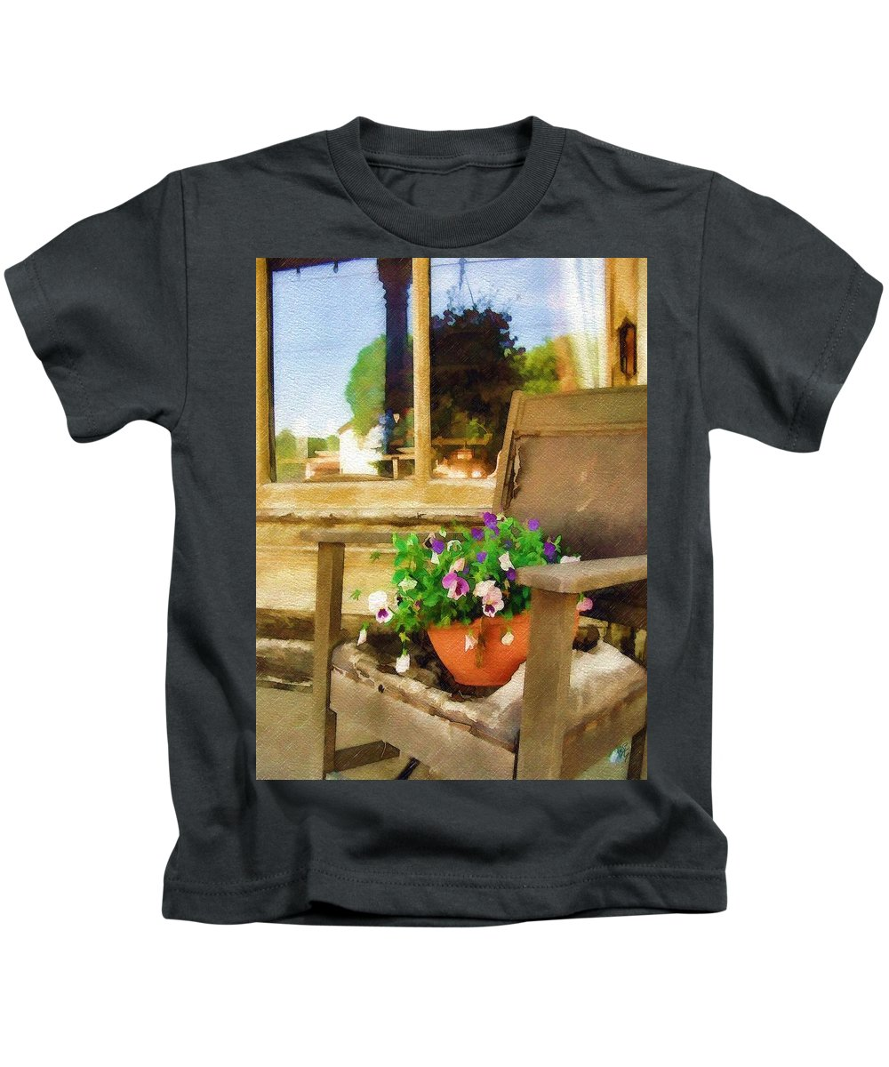 Pansies Kids T-Shirt featuring the photograph Best Seat in the House by Sandy MacGowan
