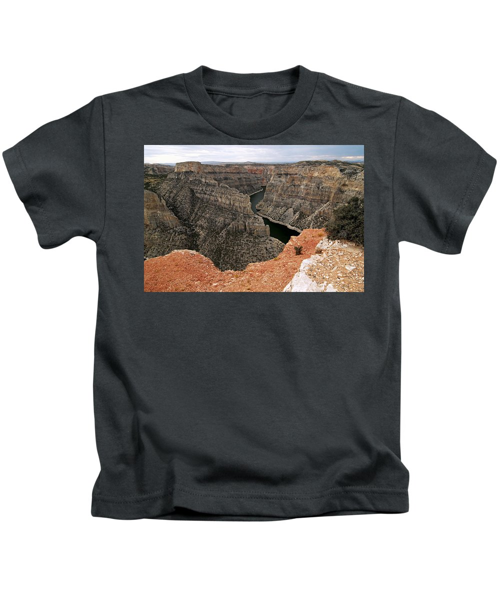 Bighorn Canyon National Recreation Area Kids T-Shirt featuring the photograph Bighorn Canyon by Larry Ricker
