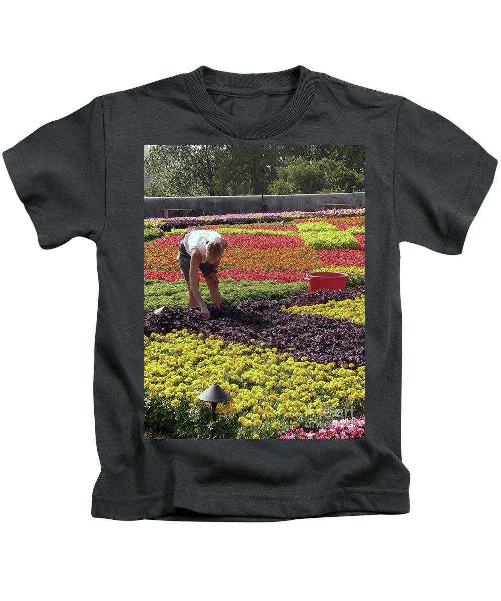 Biltmore Estate Kids T-Shirt featuring the photograph Biltmore Gardener by David Bearden