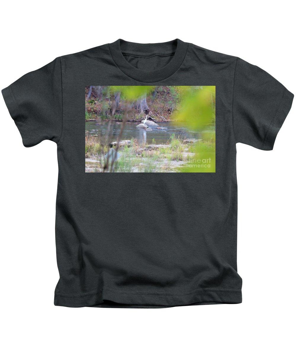 Kids T-Shirt featuring the photograph Bird015 by Jeff Downs
