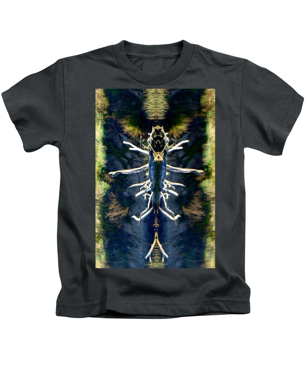 Abstract Landscape Kids T-Shirt featuring the photograph Bitsy Bug by Ronna Wilson