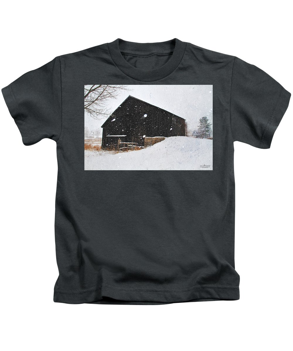 Black Kids T-Shirt featuring the photograph Black Barn II by Mary Jo Townsend