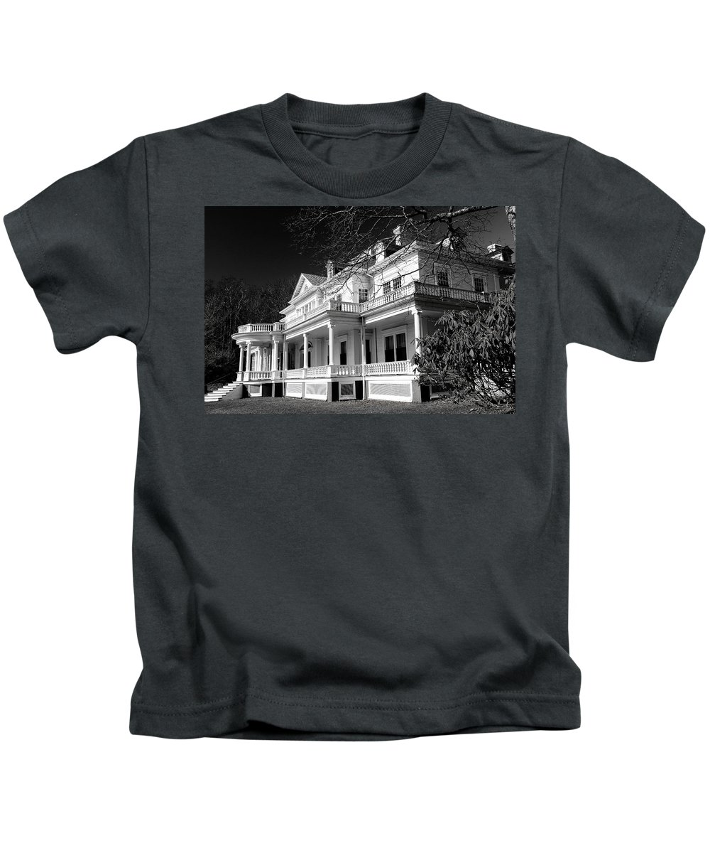 Moses Cone Manor Kids T-Shirt featuring the photograph Blue Ridge Parkway Flat Top Manor Bw by Carol Montoya