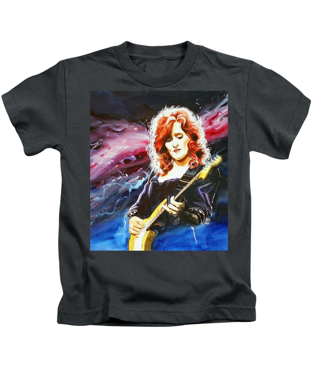 Women Kids T-Shirt featuring the painting Bonnie Raitt by Ken Meyer