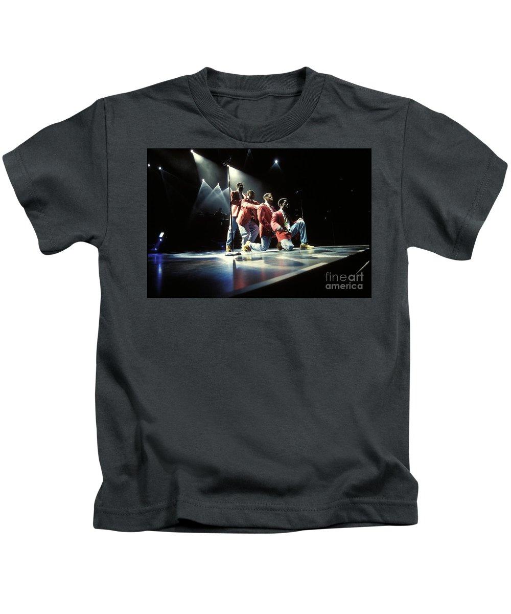 Singers Kids T-Shirt featuring the photograph Boyz II Men by Concert Photos