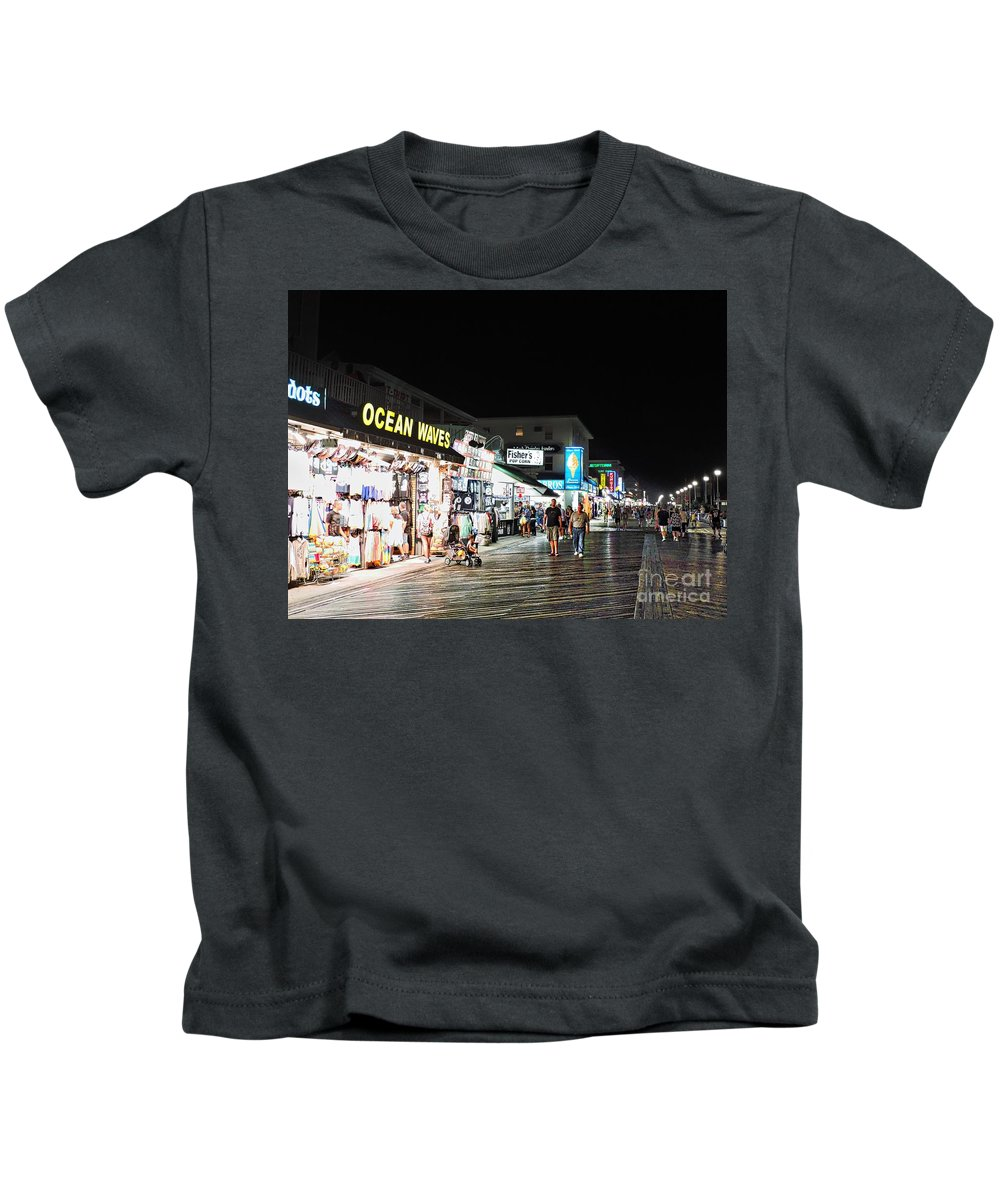 Boardwalk Kids T-Shirt featuring the photograph Bright Lights On The Boards by Doug Swanson
