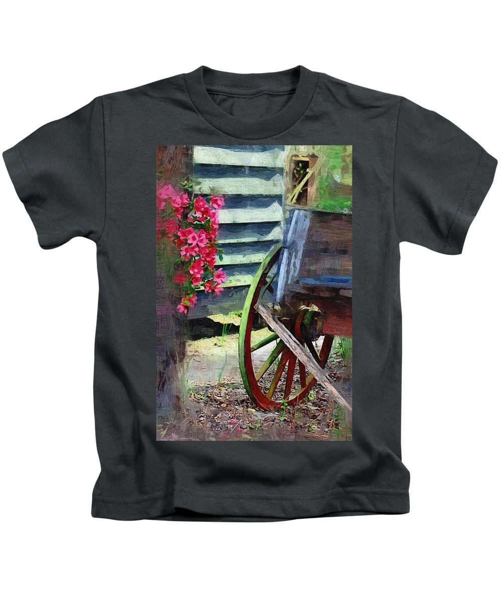 Wagon Kids T-Shirt featuring the photograph Broken Wagon by Donna Bentley