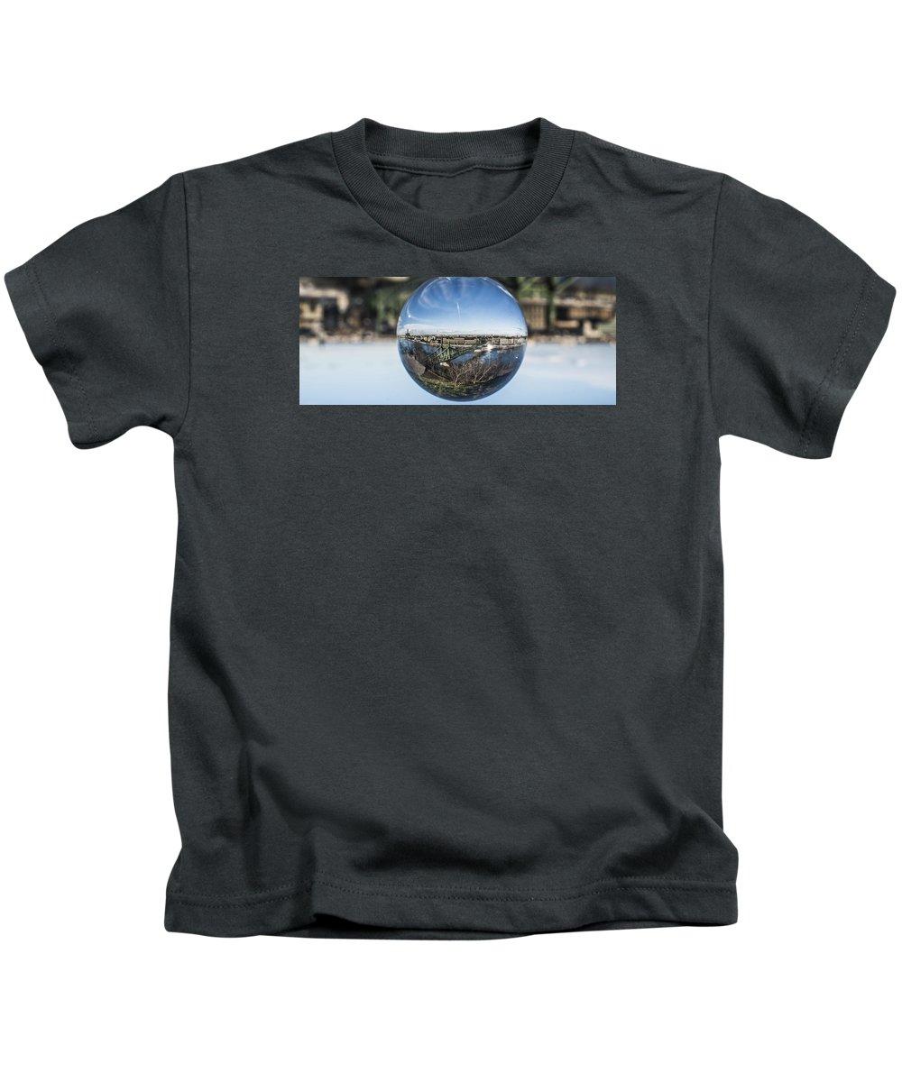 Budapest Kids T-Shirt featuring the photograph Budapest Globe - Liberty Bridge by Gabor Tokodi