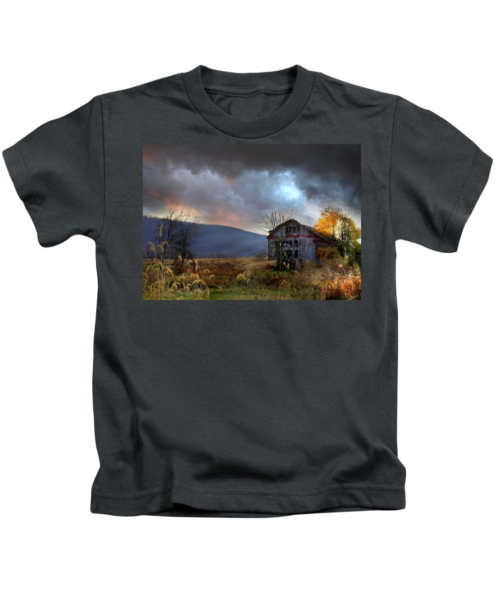 Barn Kids T-Shirt featuring the photograph Built To Last by Lori Deiter