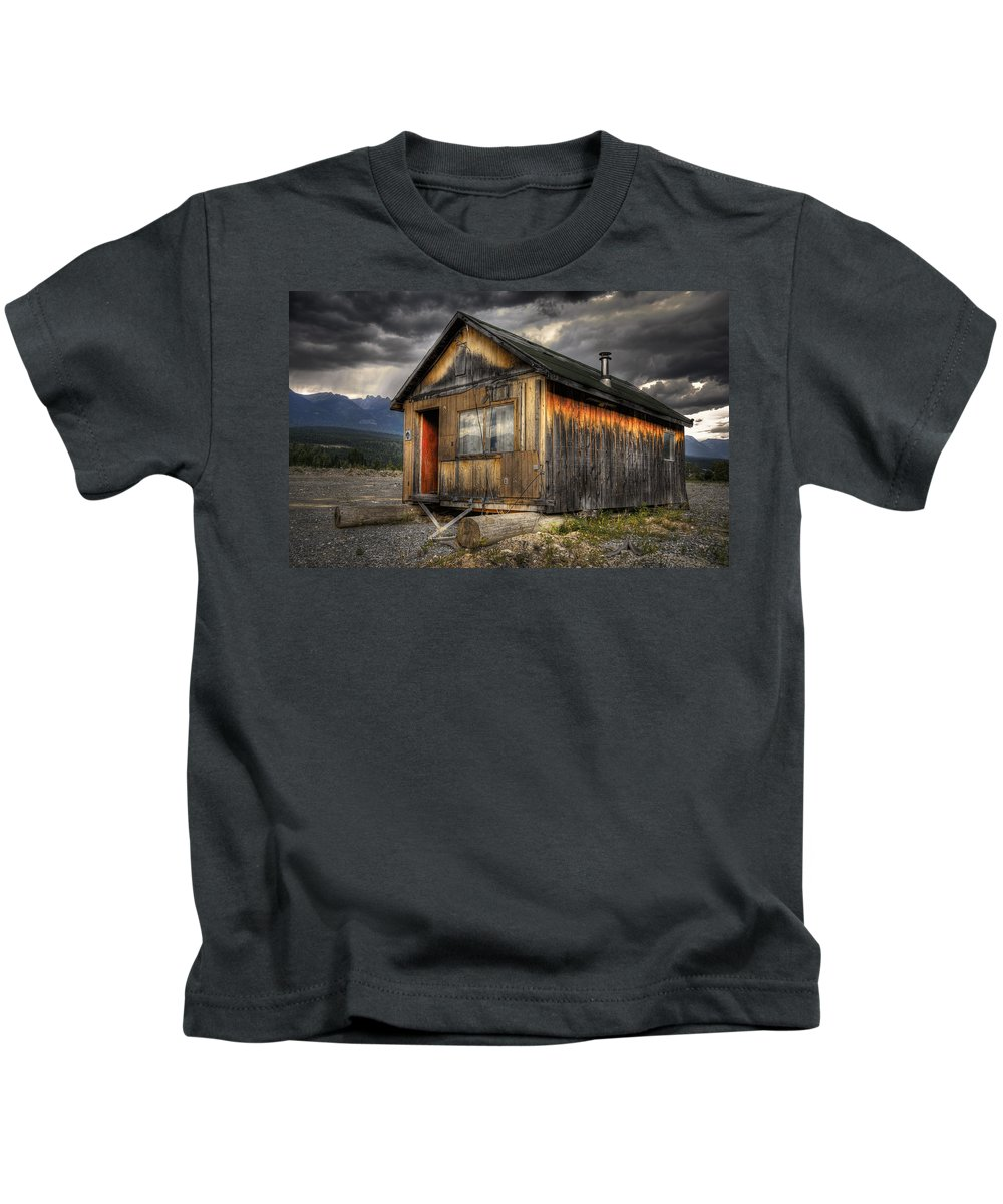 Architecture Kids T-Shirt featuring the photograph Busted Shack by Wayne Sherriff