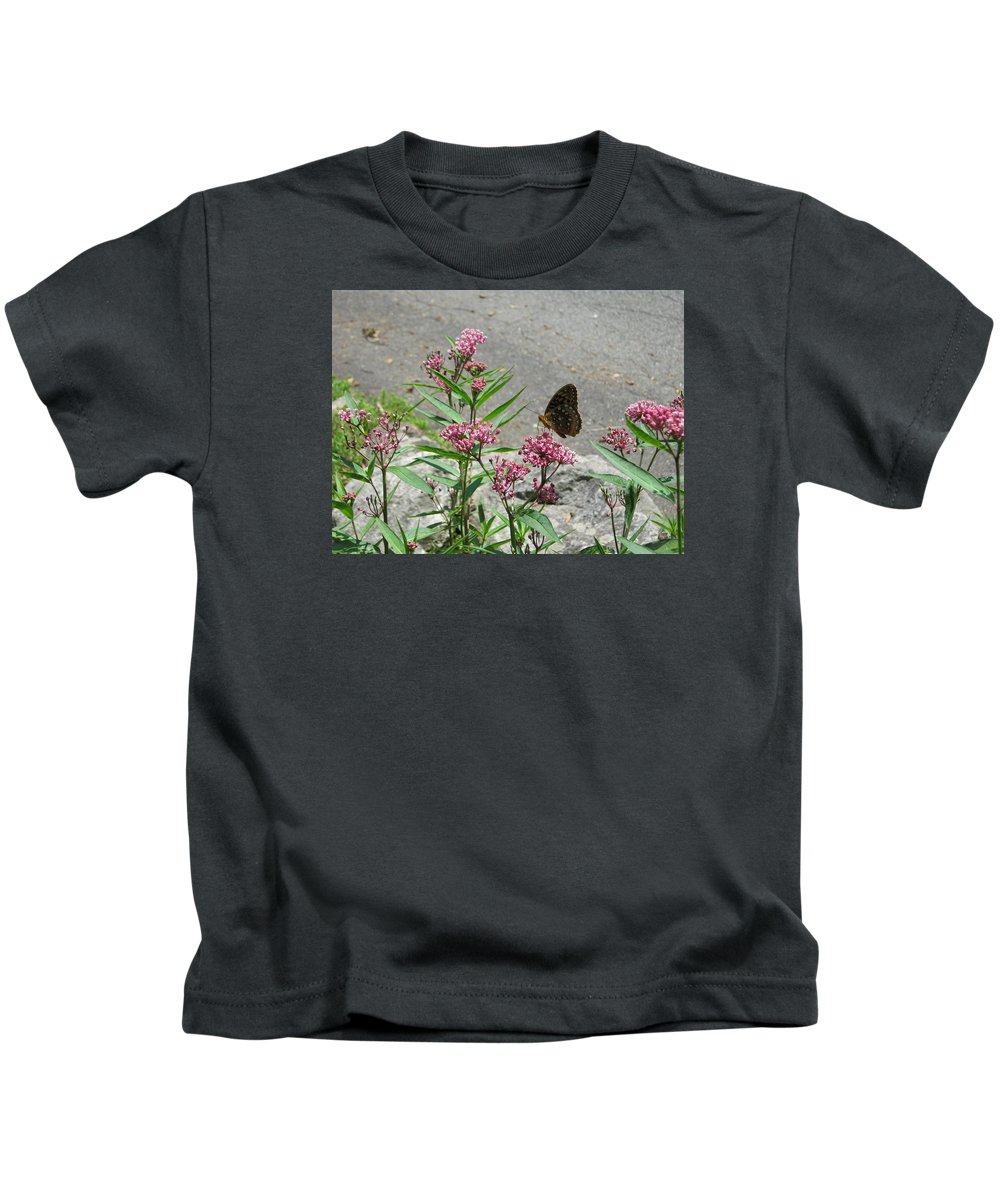 Kids T-Shirt featuring the photograph Butterfly by Tracey Munson