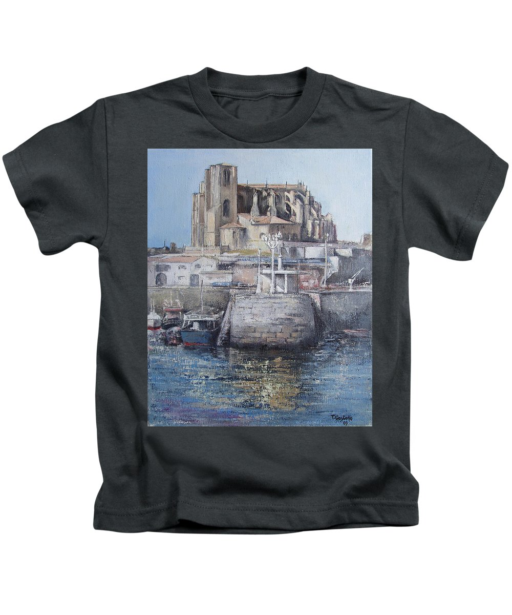 Castro Kids T-Shirt featuring the painting Castro Urdiales by Tomas Castano