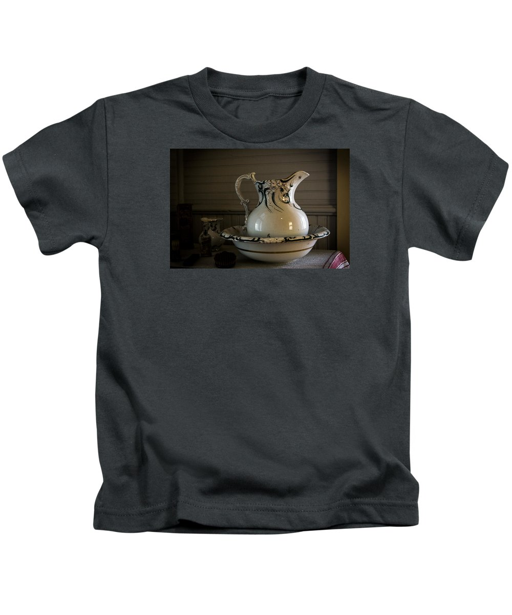 Aged Kids T-Shirt featuring the photograph Chamber Pitcher With Basin 3 by Karen Hanley Colbert