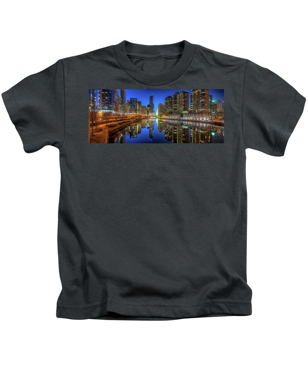 Chicago Kids T-Shirt featuring the photograph Chicago River East by Steve Gadomski