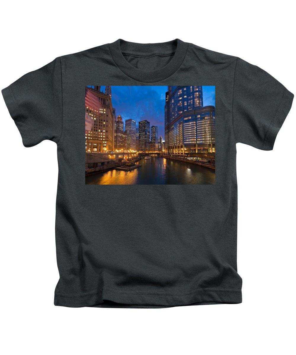 Architecture Kids T-Shirt featuring the photograph Chicago River Lights by Steve Gadomski