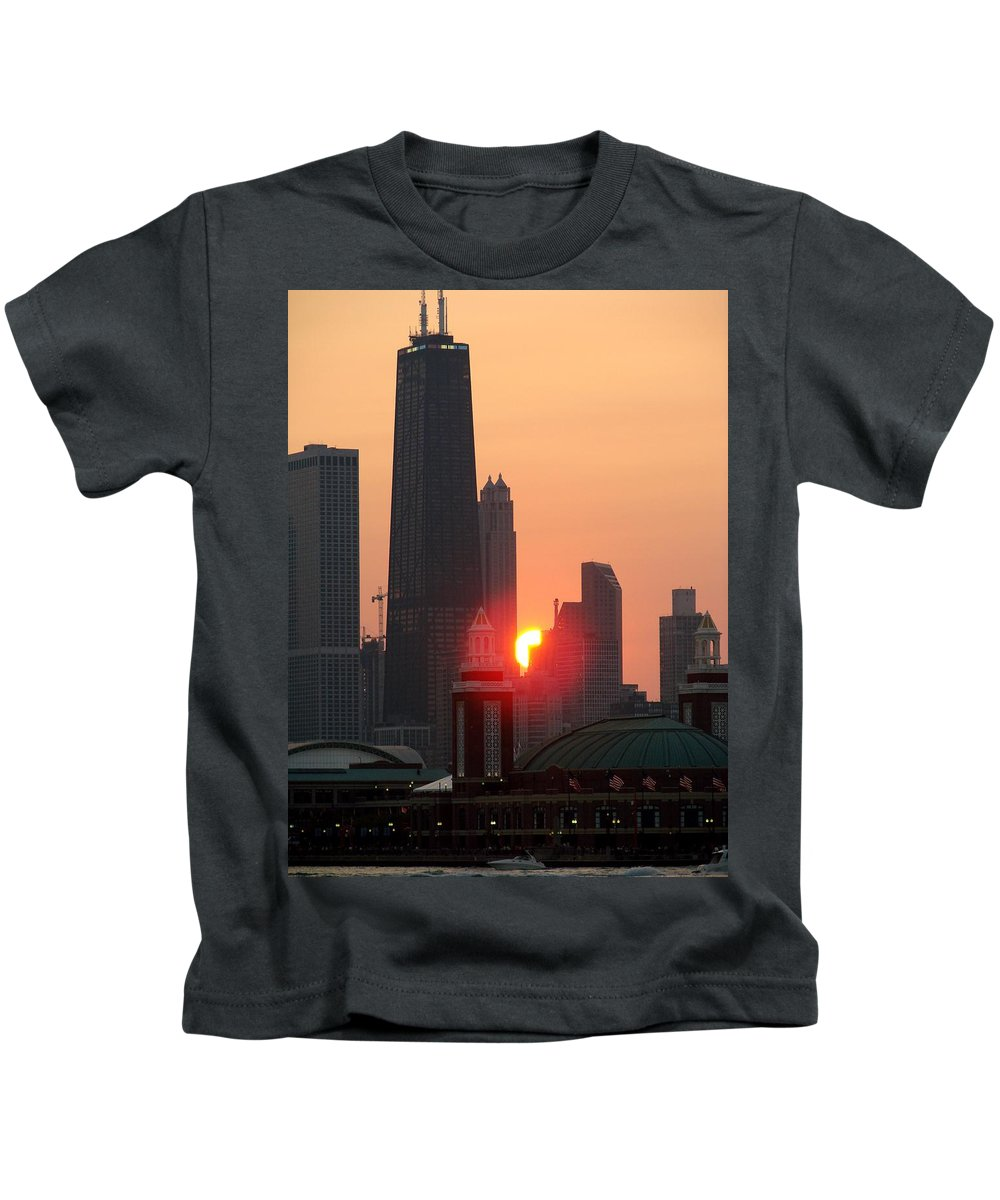 Photography Kids T-Shirt featuring the photograph Chicago Sunset by Glory Fraulein Wolfe