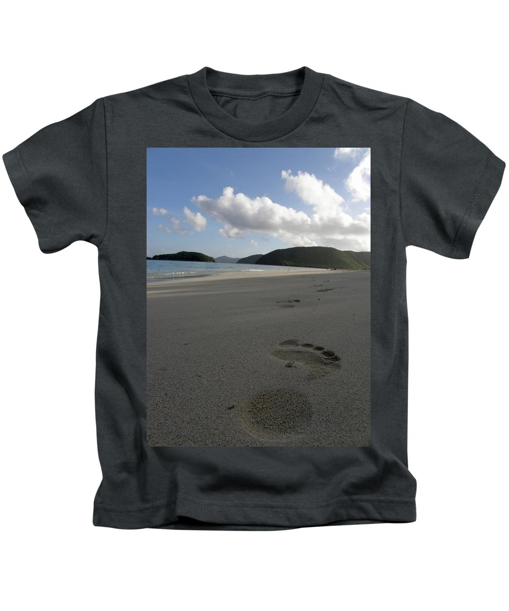 Ocean Kids T-Shirt featuring the photograph Cinnamon Toes In The Sand by Kimberly Mohlenhoff