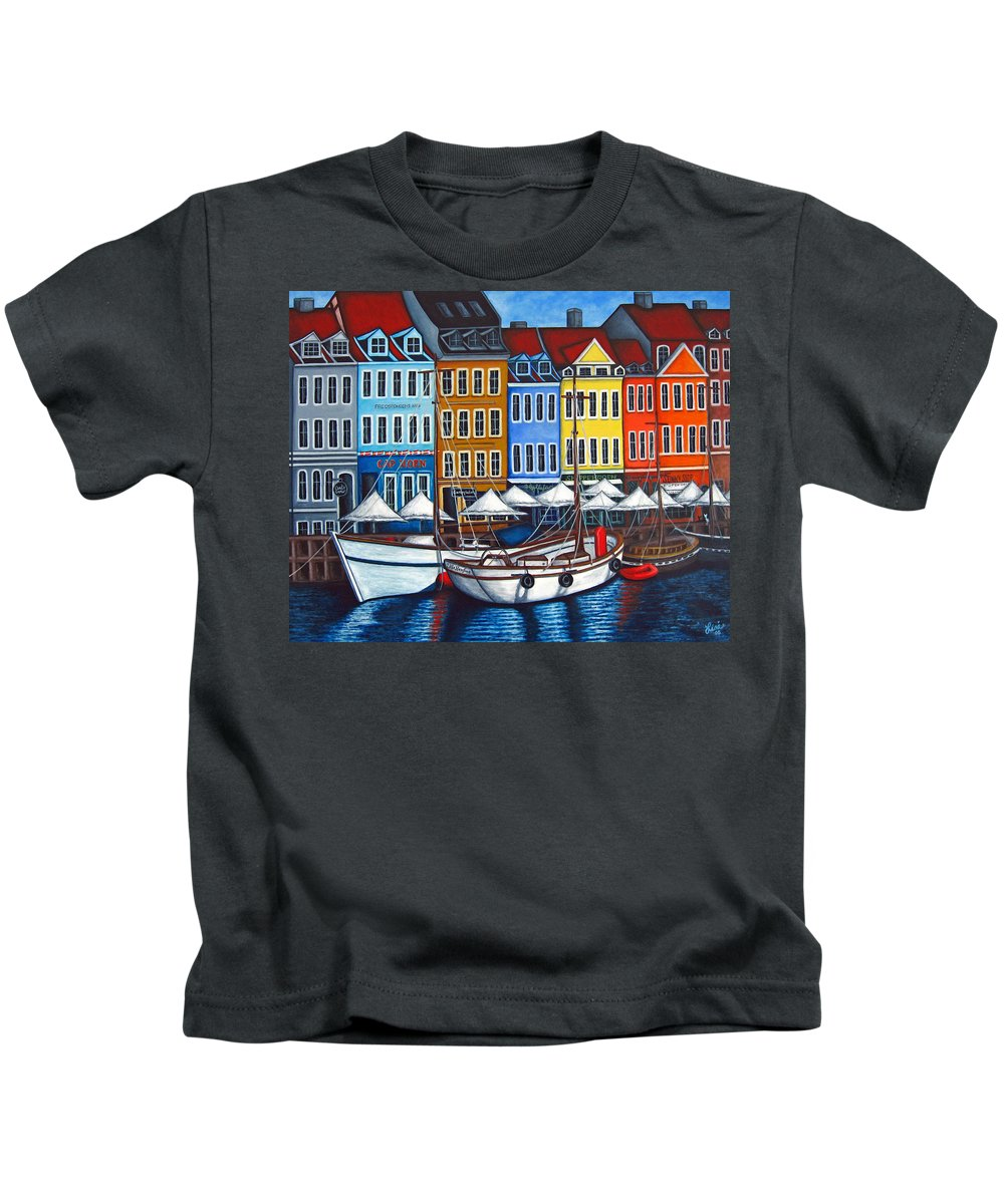 Nyhavn Kids T-Shirt featuring the painting Colours Of Nyhavn by Lisa Lorenz