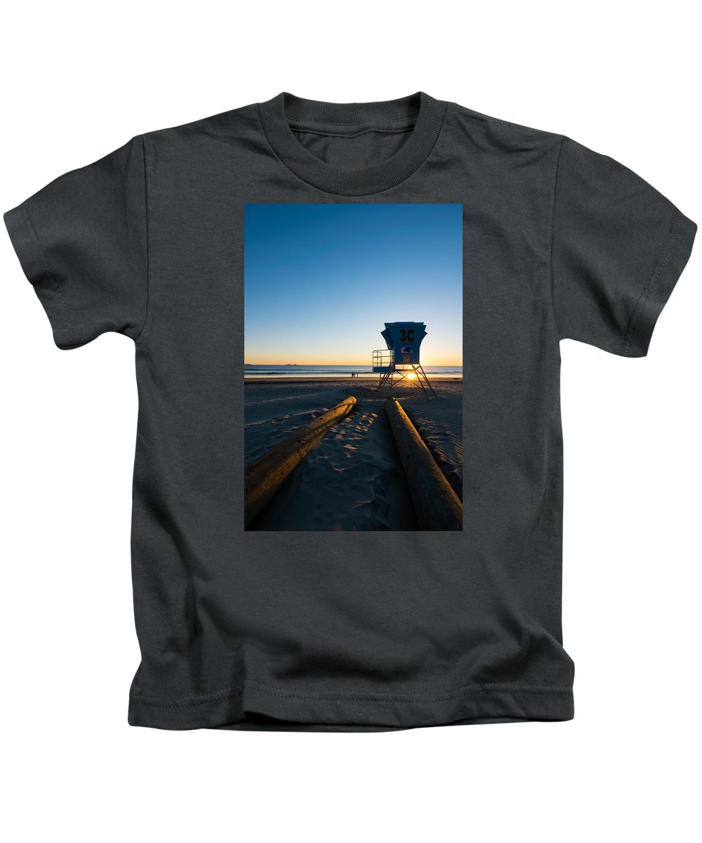 Coronado Beach Lifeguard Station Kids T-Shirt featuring the photograph Coronado Lifeguard Station by Robert VanDerWal