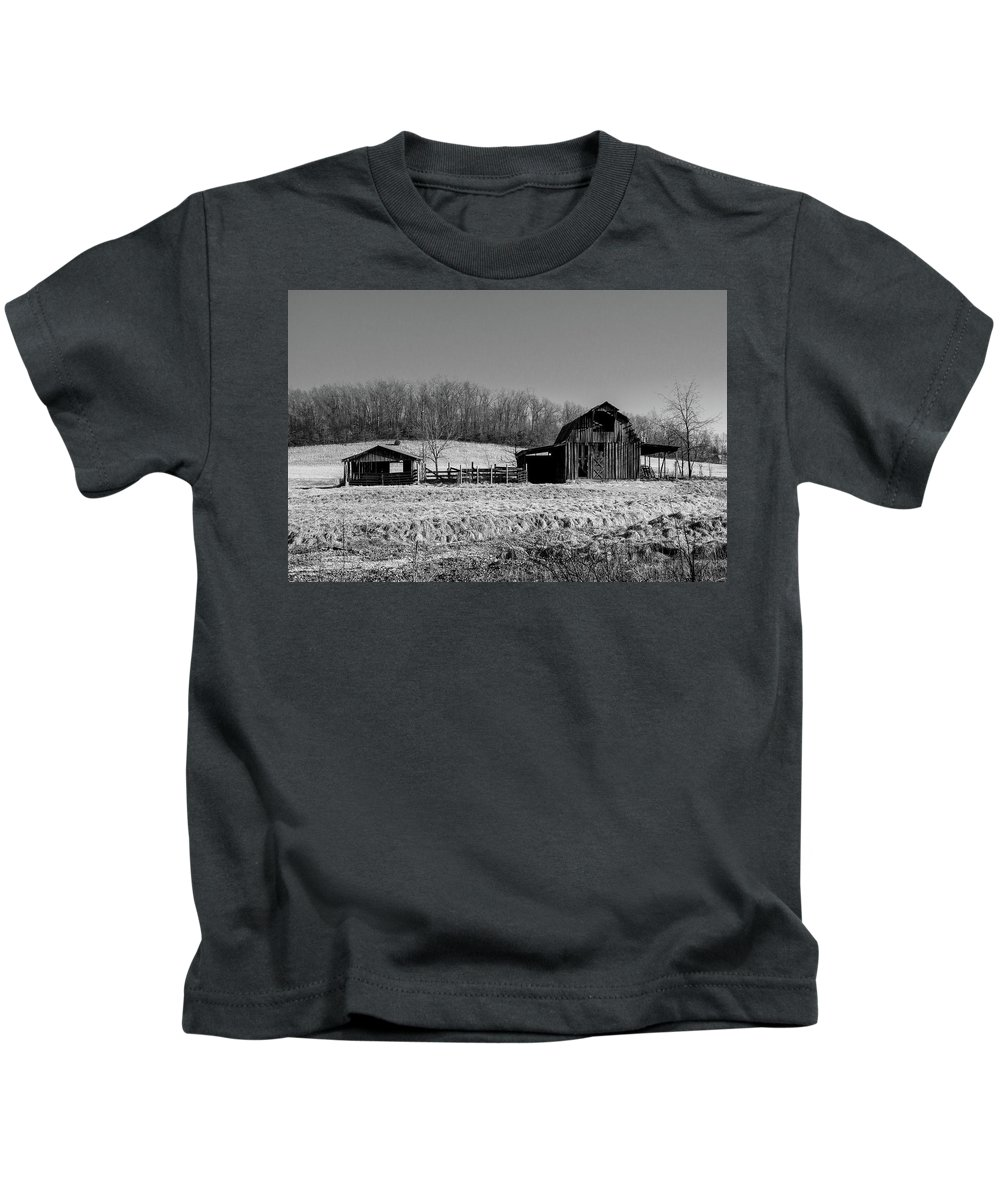 Barn Kids T-Shirt featuring the photograph Days Gone By - Arkansas Barn In Black And White by Southern Plains Photography